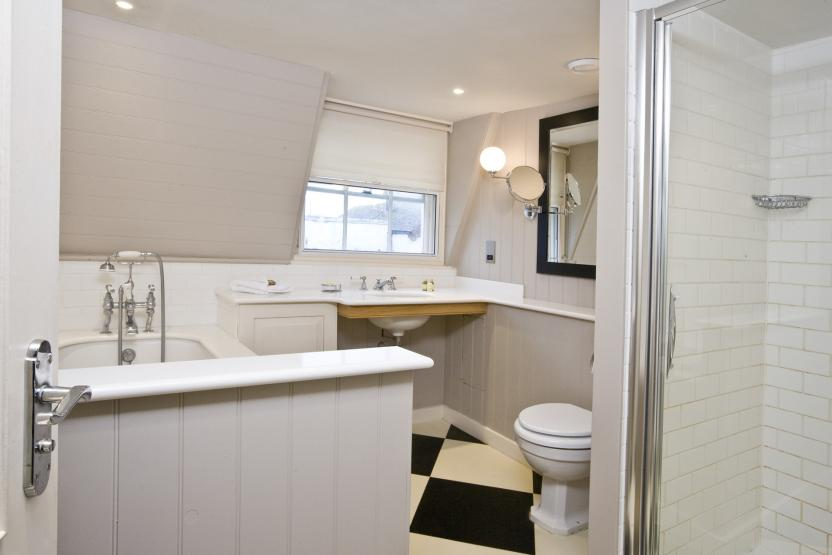 Royal Albion, Broadstairs - Bathroom